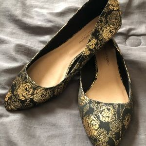 Black and gold flats...never worn!